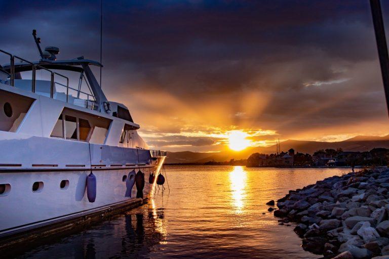 yacht-4651304_1280